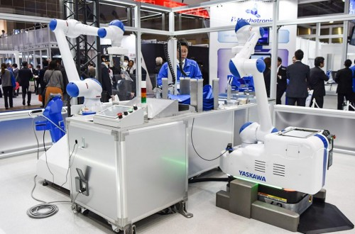 New concepts simplify the introduction of robots for manufacturers