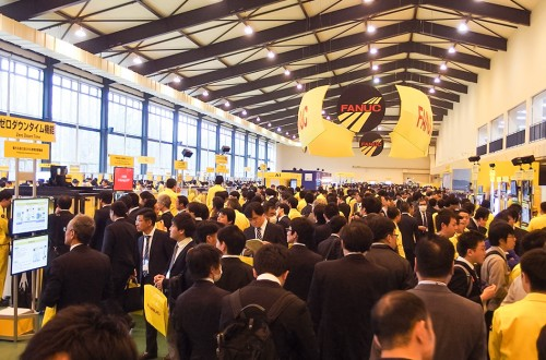 FANUC Shows New Functions of Machine-Learning and Deep-Learning(1/4)
