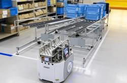 Omron unveiled its Ayabe Plant (1/2)