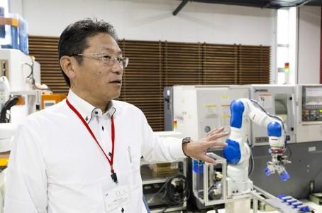 Miyawaki Machinery Demonstrates Seven-Axis Robots at Private Shows(2/2)