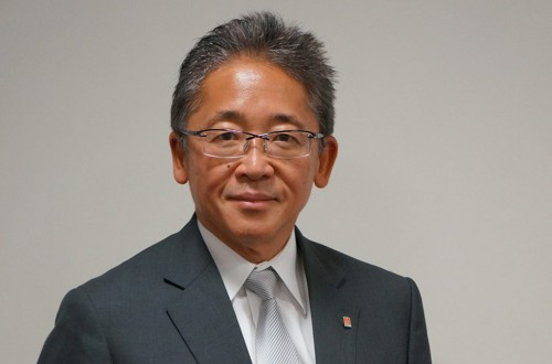Hoping to visit machining sites around the world: Interview with Takashi Yamazaki, President of Yamazaki Mazak (1/2)