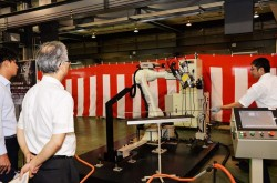 Opton proposes automation of bending at open house