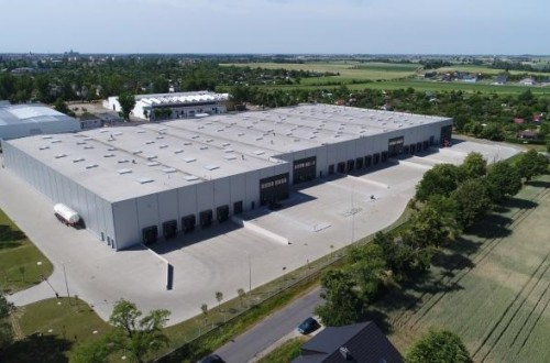 Toshiba Carrier establishes new factory of air conditioning equipment in Poland