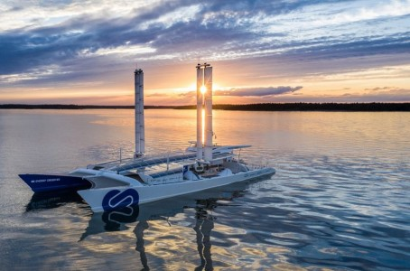 Toyota develops fuel cell system for ships and installs it on Energy Observer