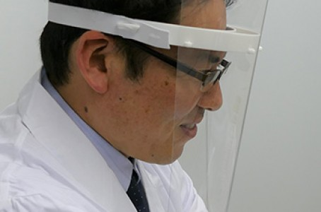 Ricoh produces face shields and provides them free of charge to 57 medical institutions in Japan