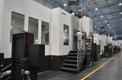 Japan's machine tools order below 1 trillion yen for the first time in a decade