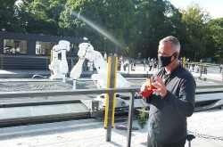 Olympic motif robot work appears in Ueno Park
